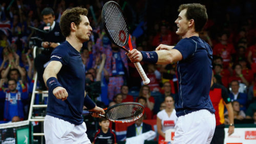 jamie-murray-andy-brothers-davis-cup-final-doubles-victory-celeb-great-britain_3382537